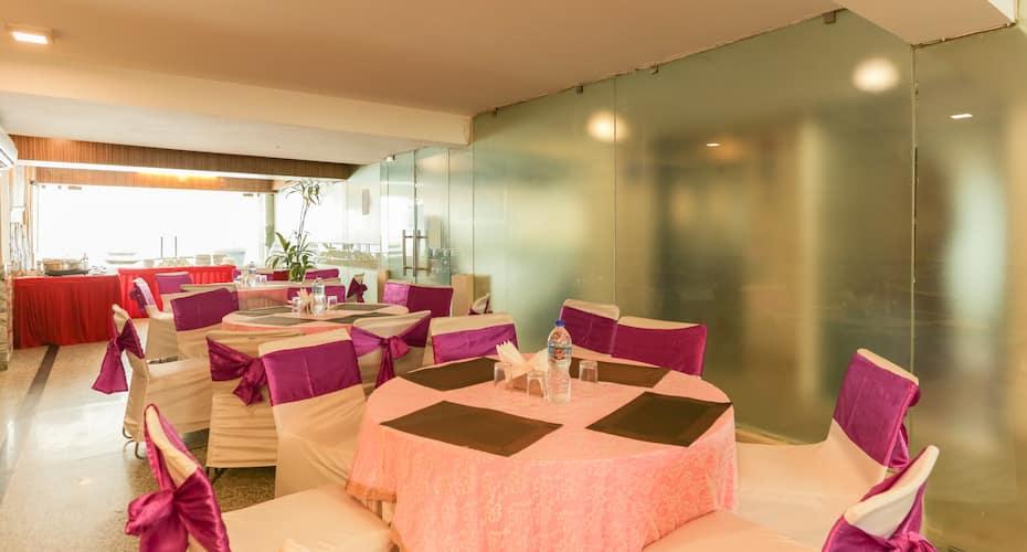 Hotel Balsons International, Karol Bagh,