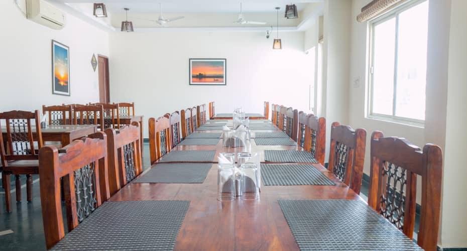 Hotel Chitra Grand, Sharvan Nath Nagar,
