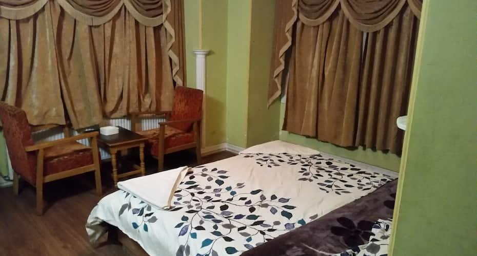 Hotel Gulmarg Inn, Gulmarg,