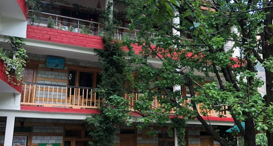 Purnima Guest House, Old Manali,