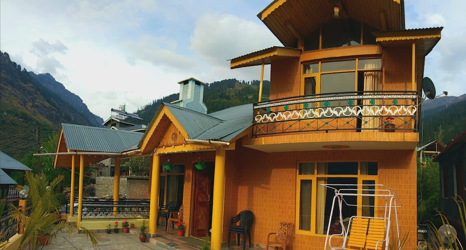 Snow Heaven Cottage