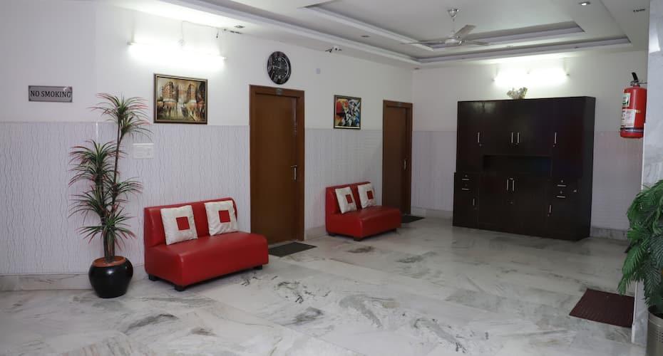 Dee Park View, Trikuta Nagar,