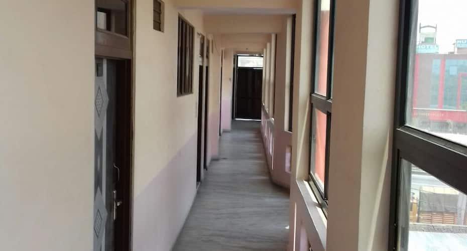 Hotel Om Jai, Sikar Road,
