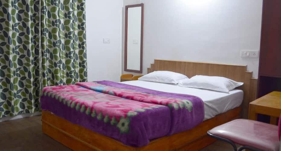 Hotel Hill Heaven, Convent Road,