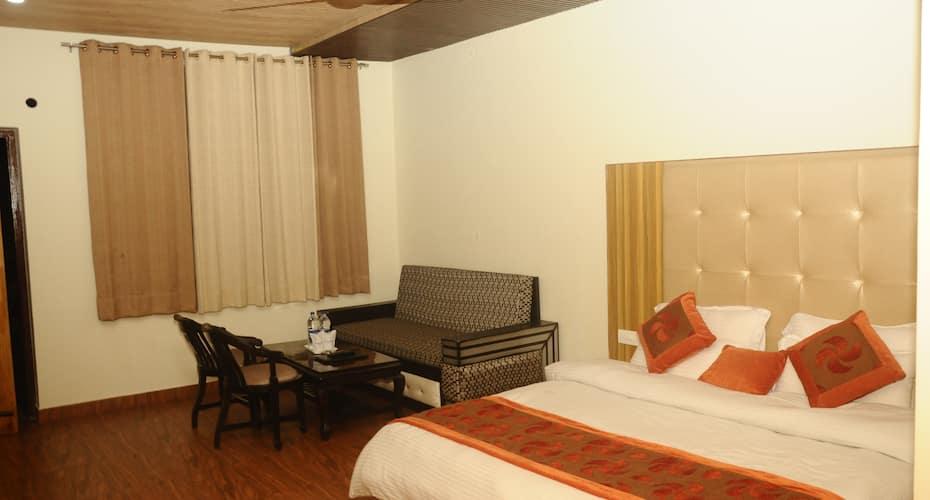 Hotel Seven Seas, Bhagsunag,