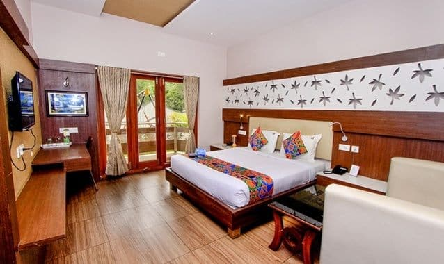 Hotel Dream Land, Lawsghat Road,