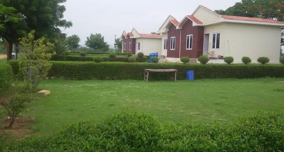 02 Villas And Resort, none,