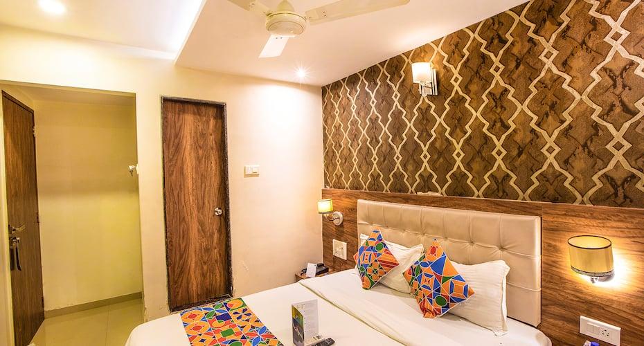 HotelLibertyPlaza, Ghatkopar,