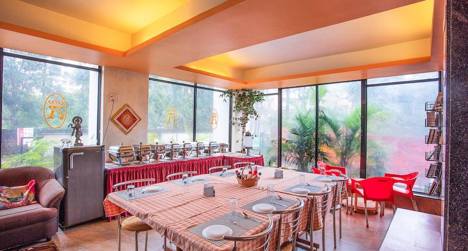 Anmols Inn, Bhilar,