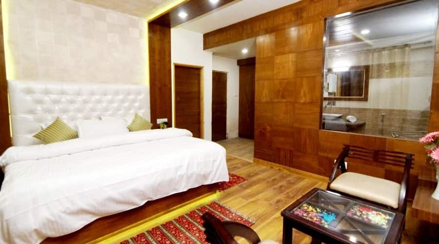 Pristine Inn, Naggar Road,