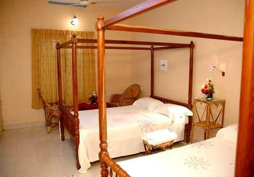 Ideal Ayurvedic Beach Resort, Chowara,