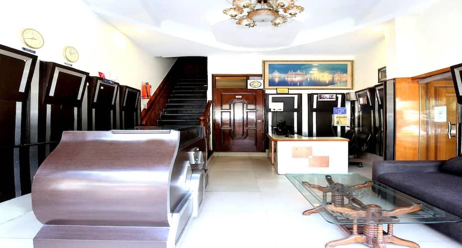 Hotel City Castle, Near Golden Temple,