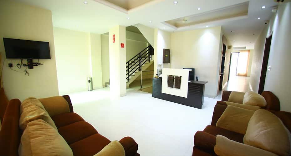 Sparklin Suites, Sushant Lok,