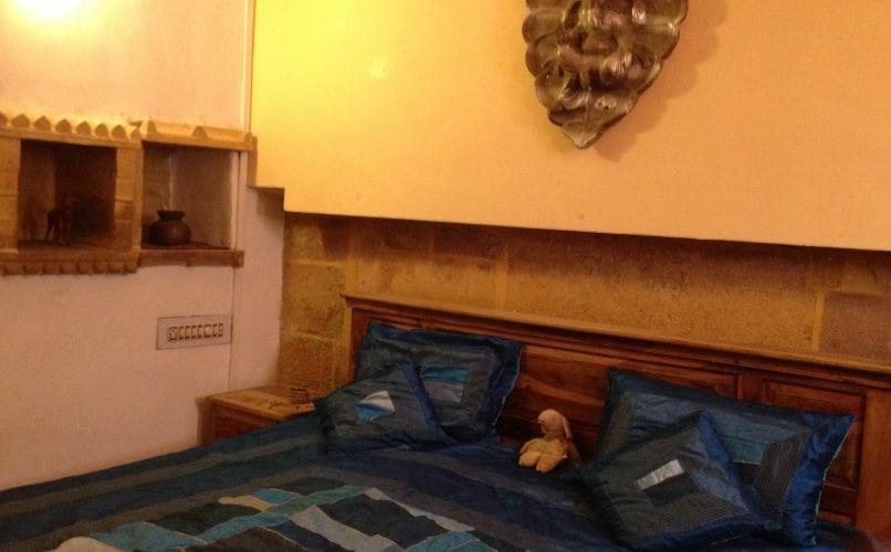 Hotel Deep Mahal, Vyasa Para,