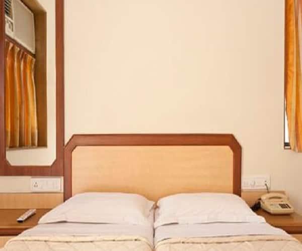 Hotel Accord, Santacruz East,