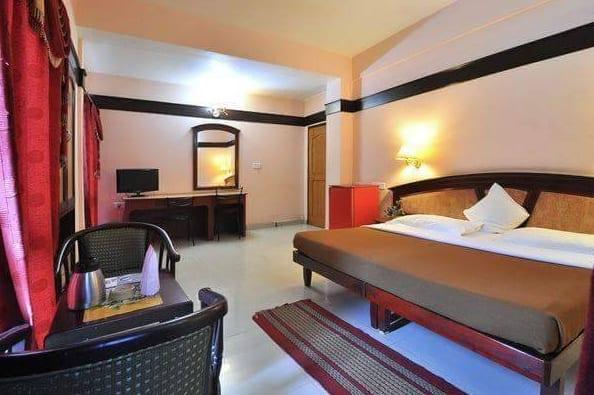 Munnar Inn, Munnar Town,