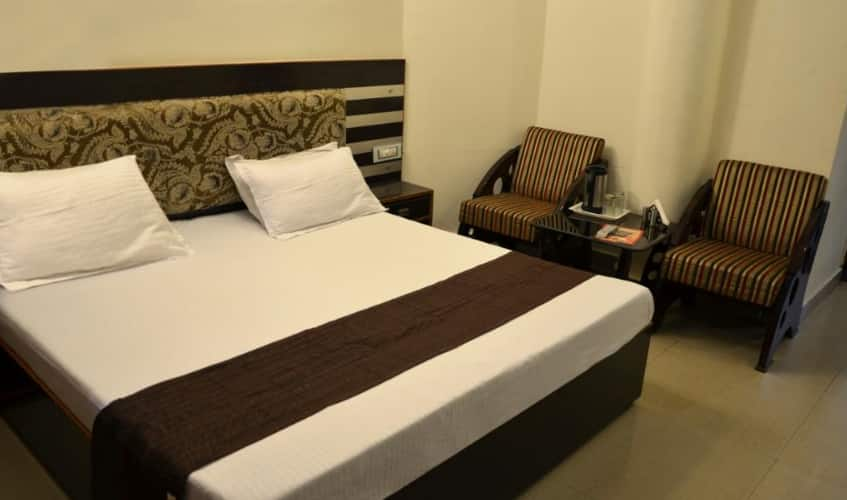 Hotel Citi Heights 22D, Sector 22,