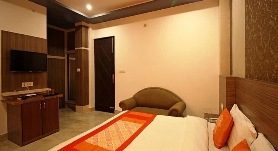 Hotel Grand Tapovan, Shivpuri,