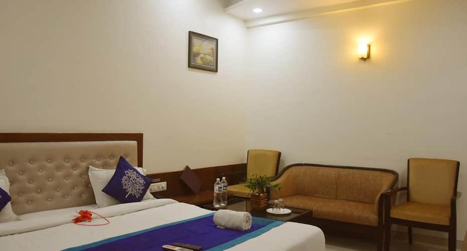 Hotel Sai  Shubham, Nagar Manmad Road,