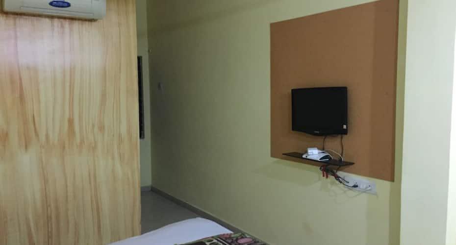 Drishti Inn, Dhantoli,