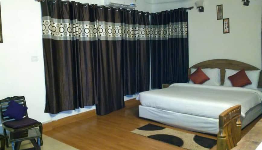 Touchwood Resort, --none--,