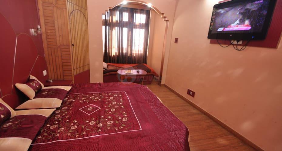 Hotel SidharthRegency, Ram Bazar,