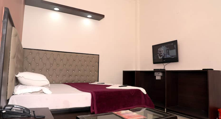 Hotel K.C.Plaza, Paharganj,