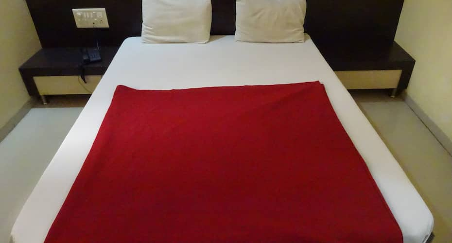 Hotel Sai Swastik by Sky Stays, Rahata,
