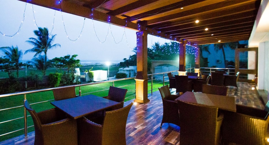Hotel Sunny Vijoya, Chakratirth Road,