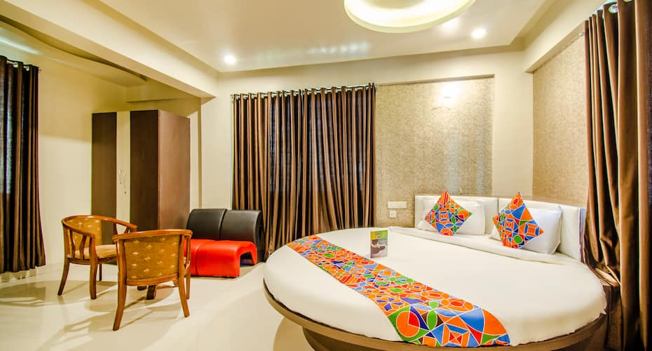 Hotel Sanket Inn, Hinjewadi,