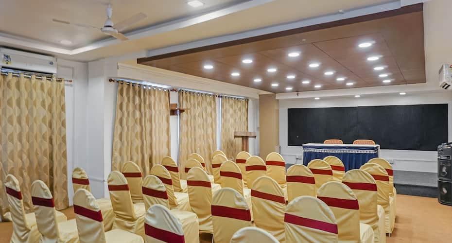 Treebo Trip Shagun Executive, Samarthnagar,