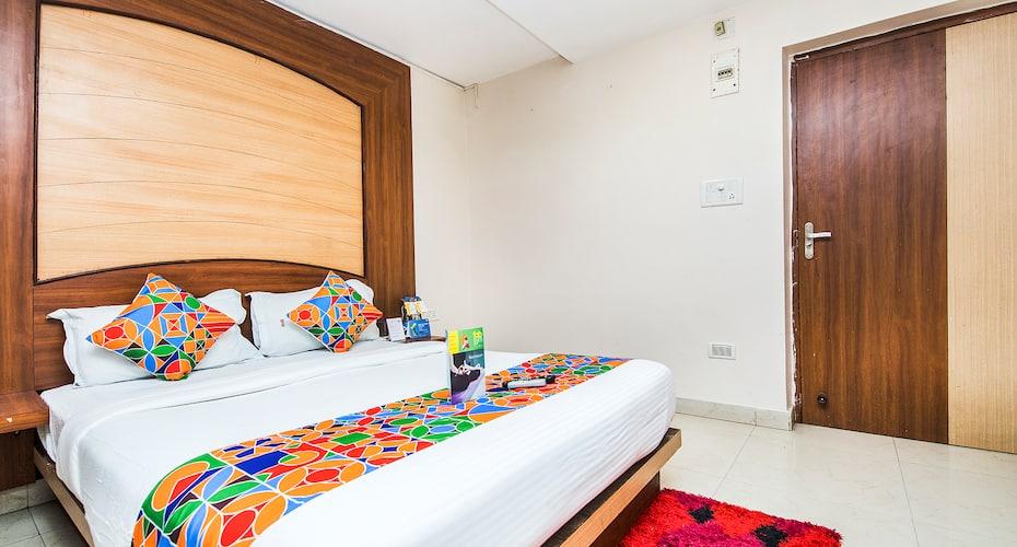Paek Resort, Cuttack Puri Road,