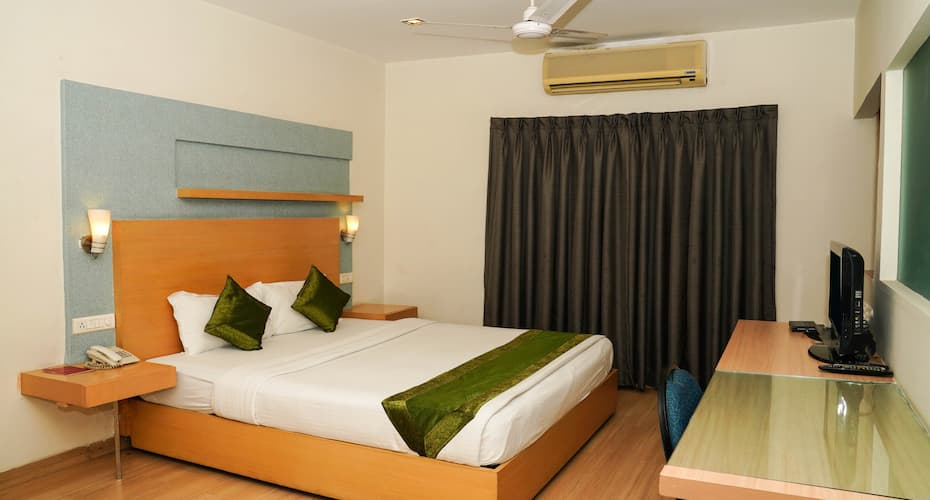 treebo oyster suites hyderabad hotel booking reviews room photos rh yatra com