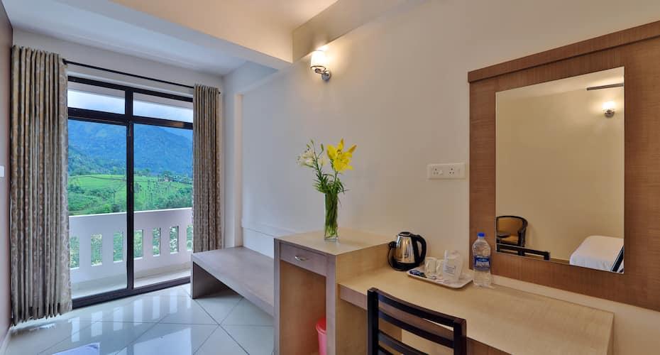 Tea Castle Resort, Chithirapuram,
