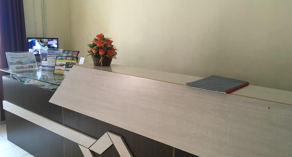 TripStays135, Ernakulam North,