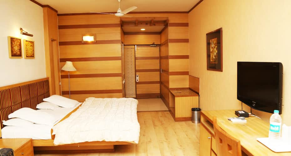 Hotel H26, sector 26,