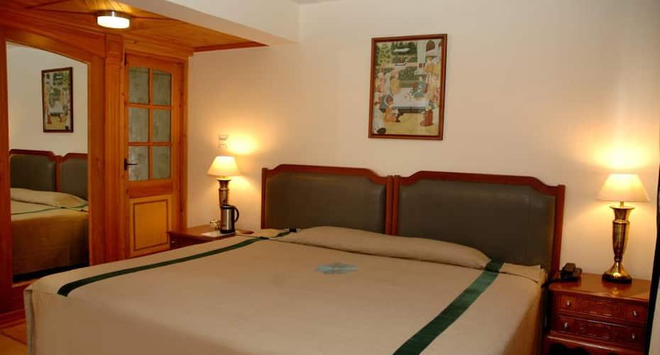 Marigold Sarovar Portico Mashobra  - A Sarovar Hotel, Carignano,