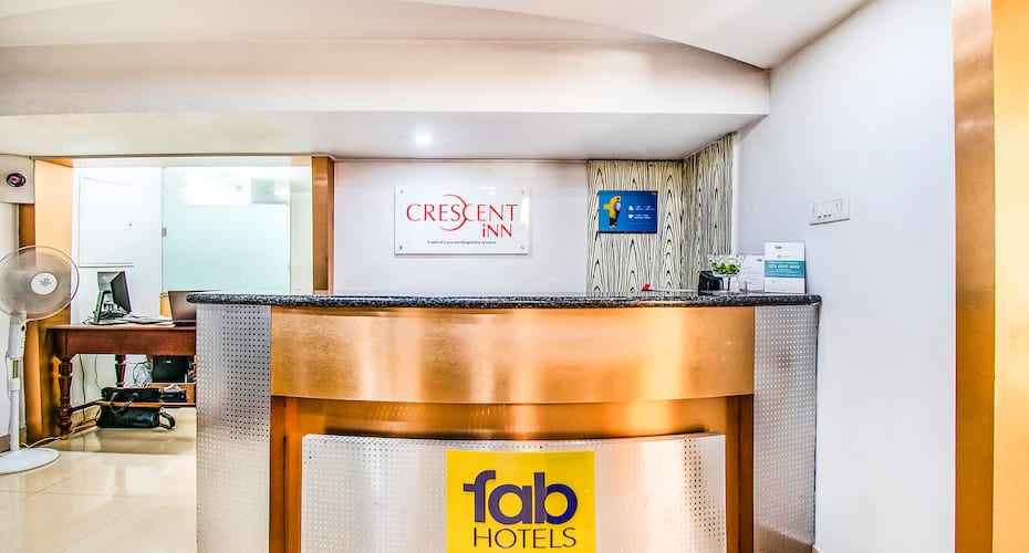 Fab Express Crescent Inn East Coast Road, Thiruvanmiyur,