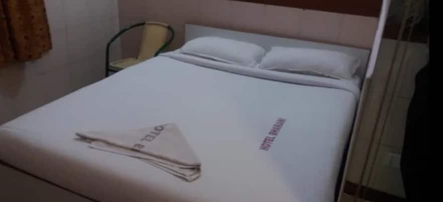 Hotel Bharani, Thiruvanmiyur,