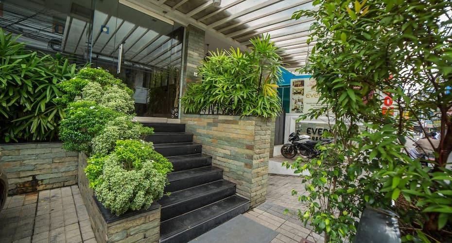 Evershine Residency, Kaloor,