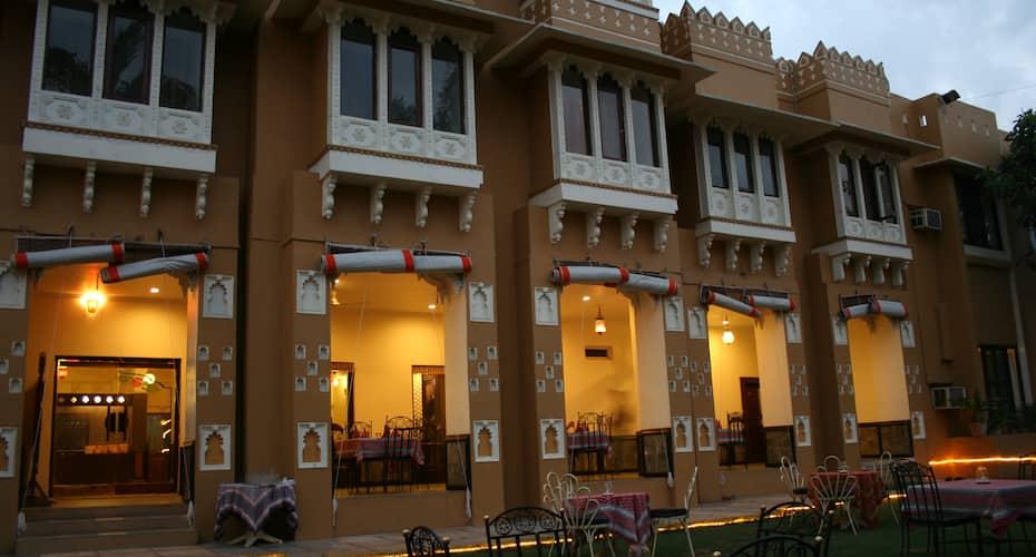 Pratap Palace, Near Head Post Office,