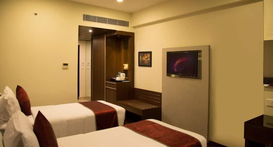 V7 Hotel,Chennai