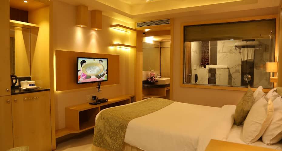 Golden Gate Hotel, Vijay Nagar,