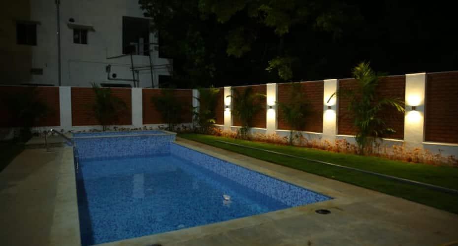 Le Holiday Inn, Auroville,