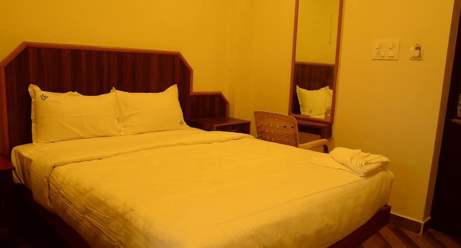 TSV Hotel, Cuddalore Road,