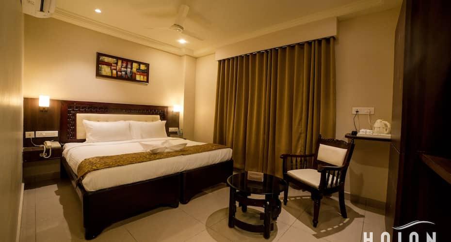 Haian- An Olive Tree Hotel, Labbipet,