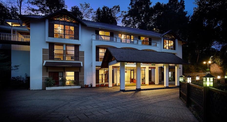 Summit Bird's Valley Resort & Spa, Kunjithani,