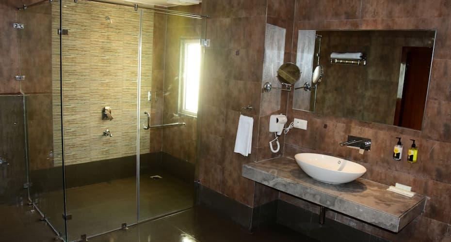 Mango Hotels Haridwar, Dudhadhari Chowk,