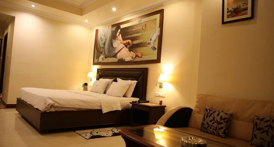 B10 International,Bhubaneswar, GAYATREE VIHAR,