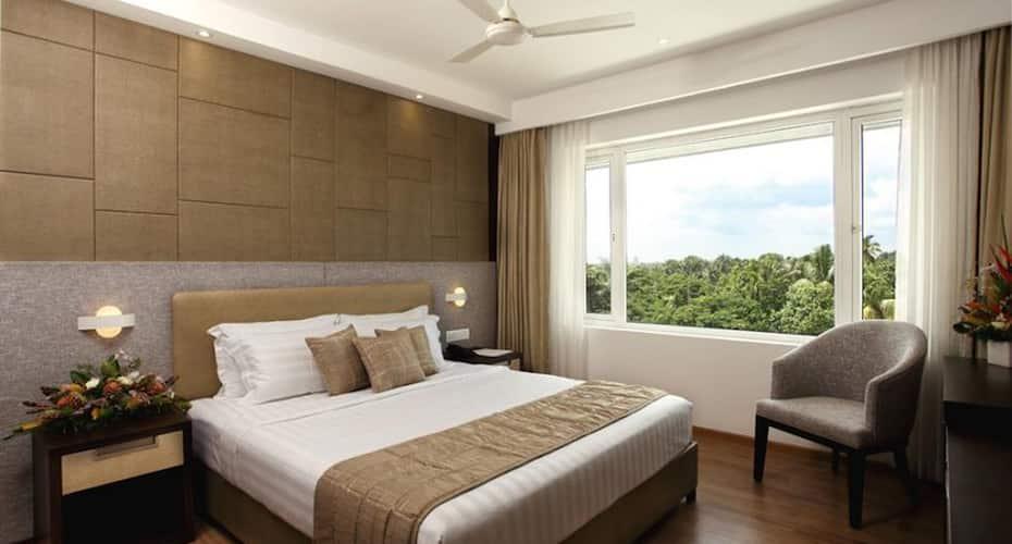 Sugar Business Hotel, Maradu,